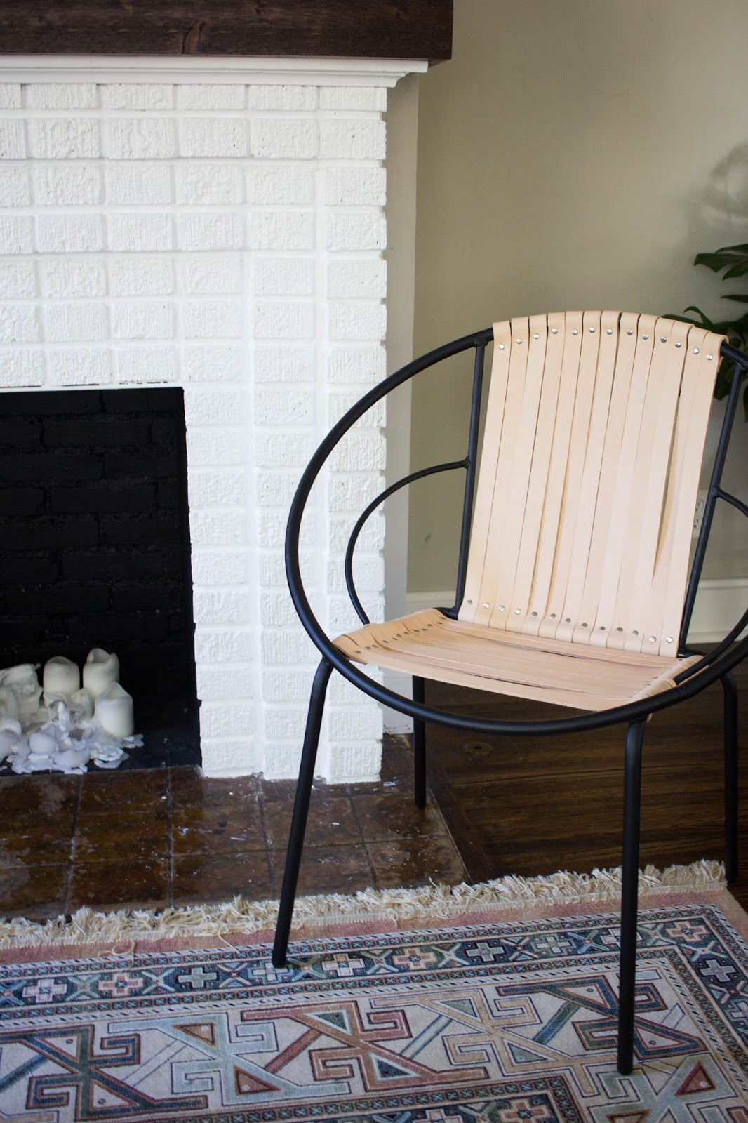 DIY Leather Acapulco Chair