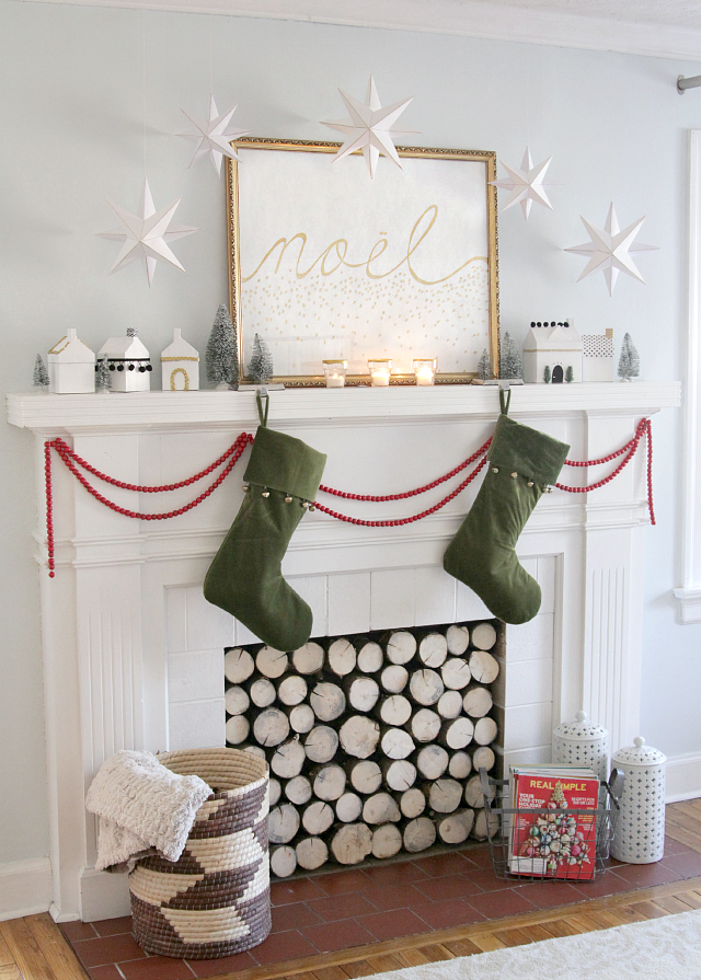 Scandinavian Christmas Mantle