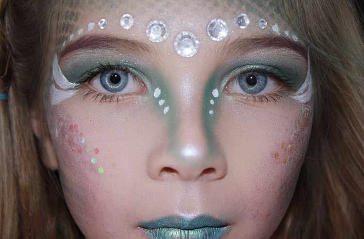 Glamorous Mermaid Halloween Makeup For Kids Tutorial