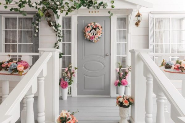 Come On In: 10 DIY Decorations to Make Your Front Porch Fun and Inviting