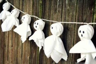 15 DIY Halloween Decorations You Never Wish To Miss