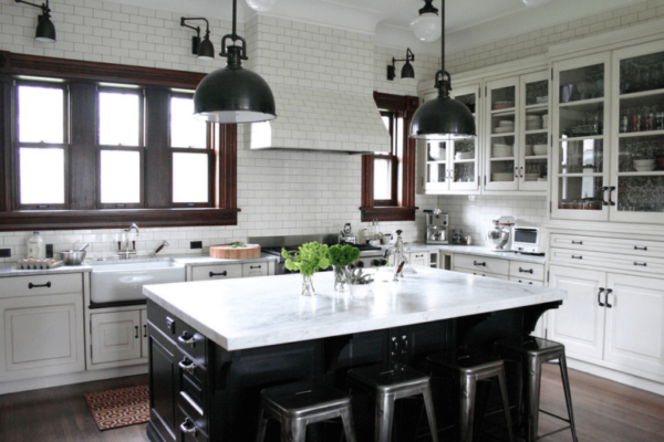 7 Secrets to Design a Functional Kitchen Island